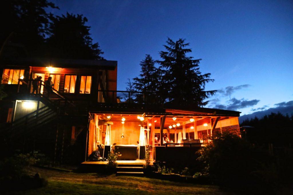 talon lodge by night, sitka, alaska. Pic;Kerstin Rodgers/msmarmitelover.com