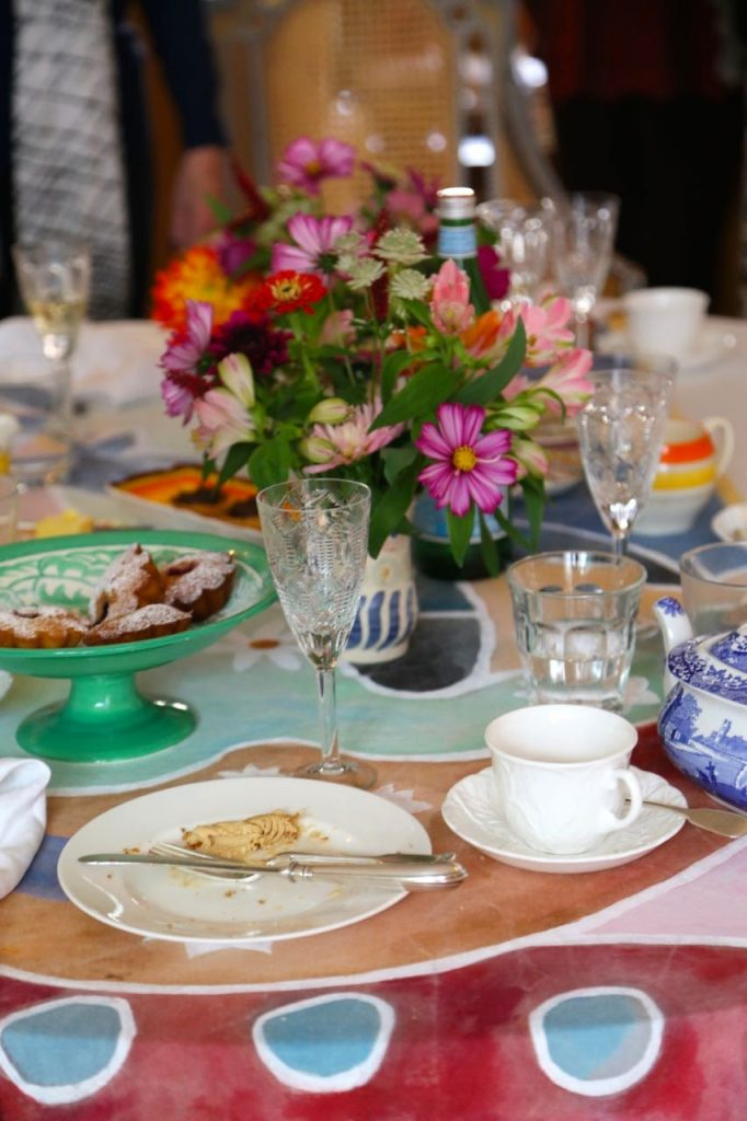Beautifully laid tea table, bloomsbury ceramics,  David Herbert's secret tea party