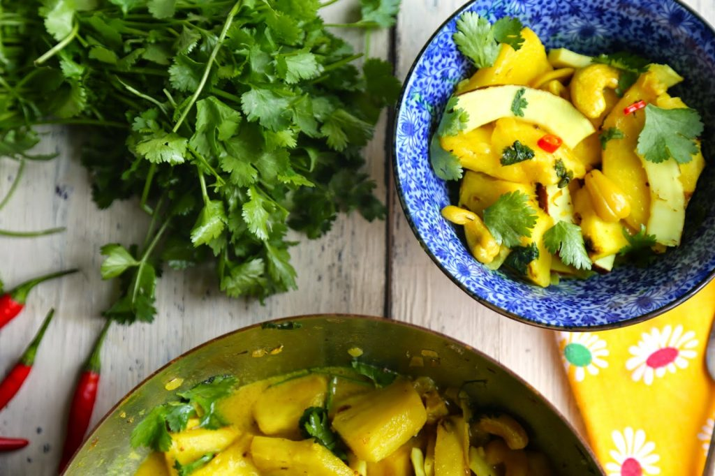 Pineapple, cashew, coconut curry (vegan/gluten-free) recipe