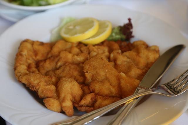 Wienerschnitzel,  Cafe Grienstadel, Vienna,