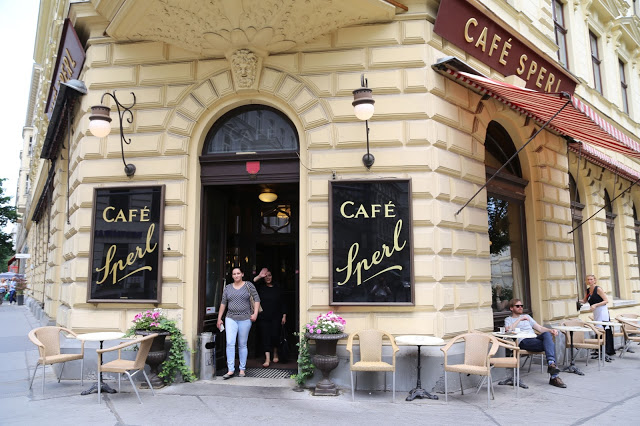 cafe sperl, vienna