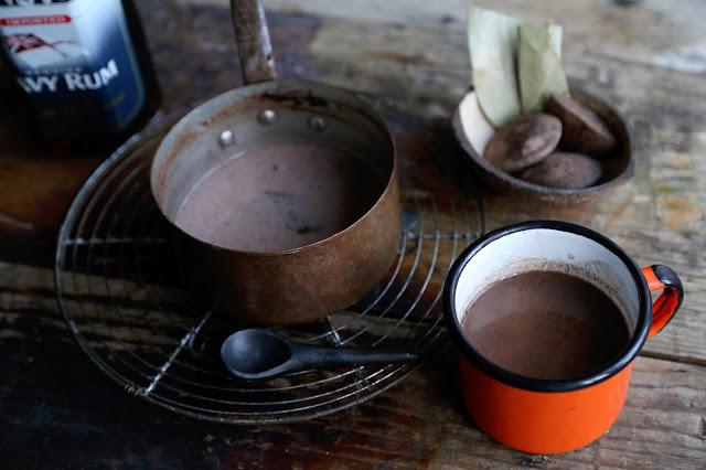 Jamaican chocolate tea