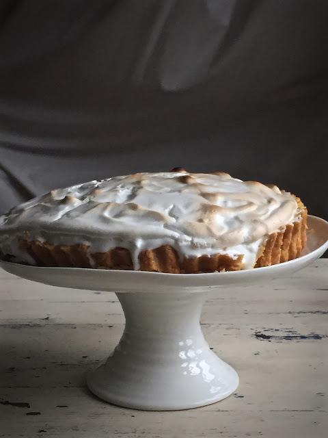 aquafaba vegan lemon meringue pie