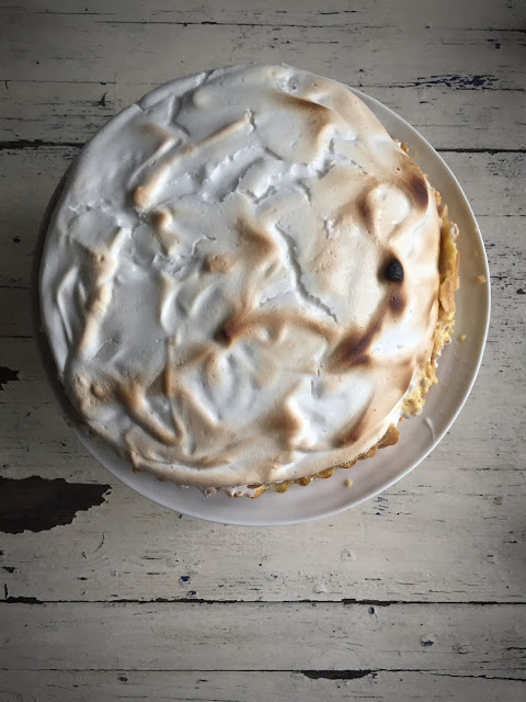 aquafaba vegan lemon meringue pie