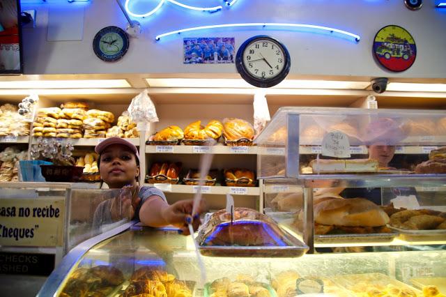 la nueva bakery, Queens New York