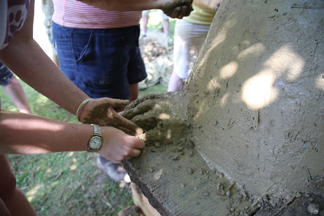 building a cob oven, norfolk