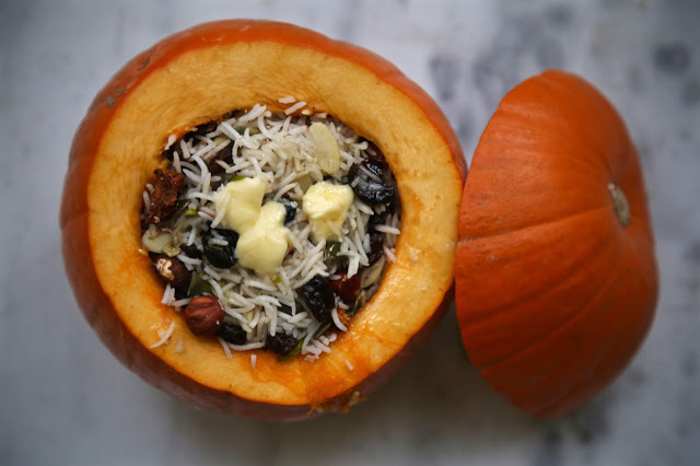 Stuffed roast pumpkin with wedding pilaf