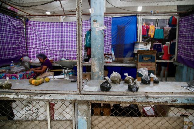 selling recado valladolid market, mexico