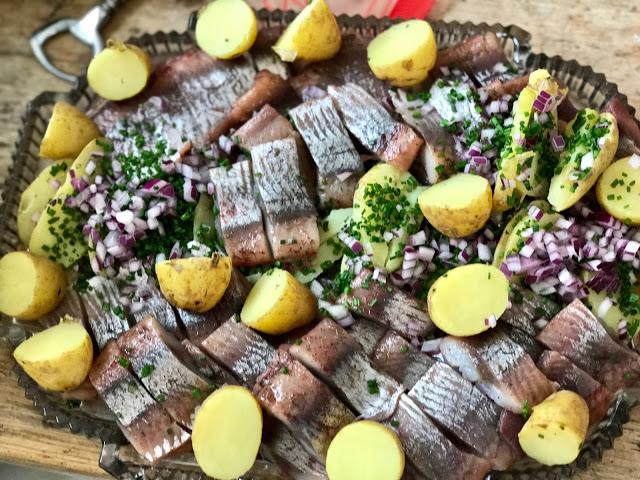 sandalwood herring from Kladesholmen: 3rd annual Swedish midsummer supper club with msmarmitelover and Linn Soderstrom in London