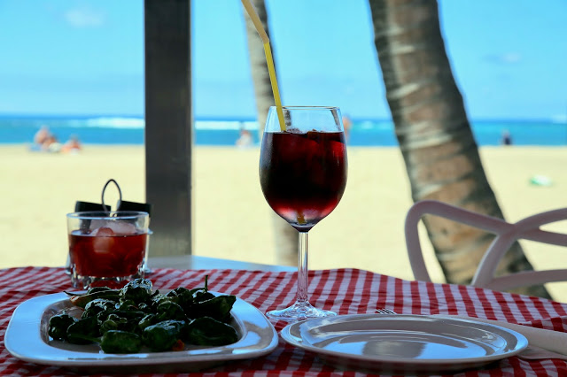 tinto de verano and padron peppers.. Gran Canaria. Pic:Kerstin Rodgers/msmarmitelover