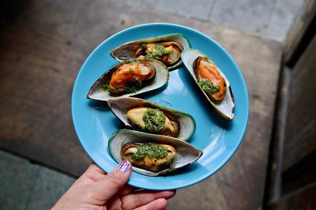 Mussels , market place bar, Santa Cruz de la Palma, Canary Islands Pic: Kerstin Rodgers/msmarmitelover