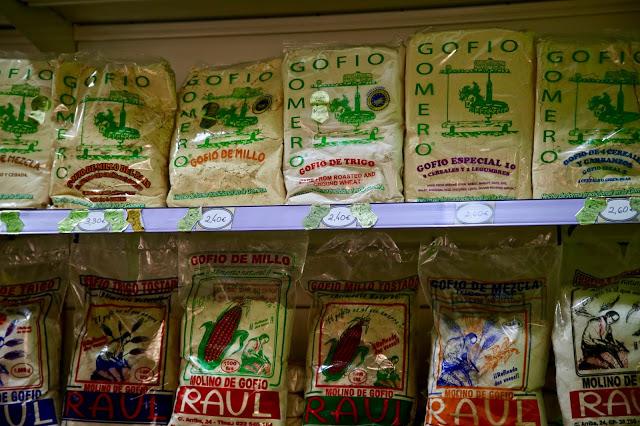 gofio at Mercado Nuestra Señora de África market, Santa Cruz de Tenerife, pic: Kerstin Rodgers/msmarmitelover