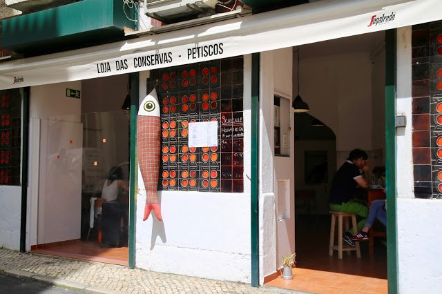 loja das conservas restaurant that serves tinned fish, , Lisbon, Portugal:  Pic: Keratin Rodgers/msmarmitelover
