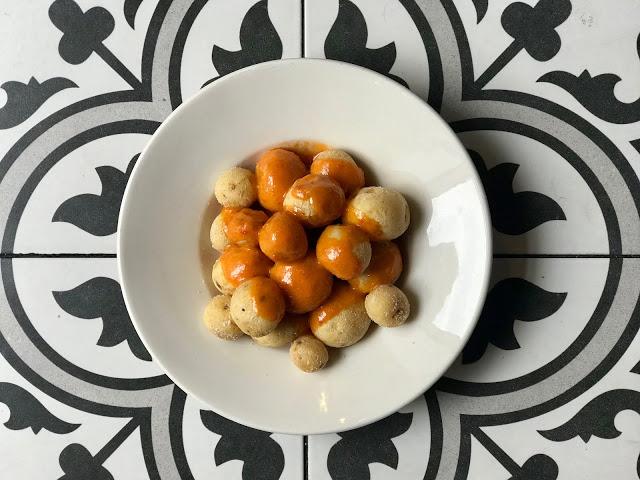 papas arrugadas with mojo rojo recipe pic: Kerstin Rodgers/msmarmitelover.com