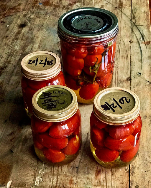 Canned or bottled tomatoes Pic: Kerstin Rodgers/msmarmitelover.com