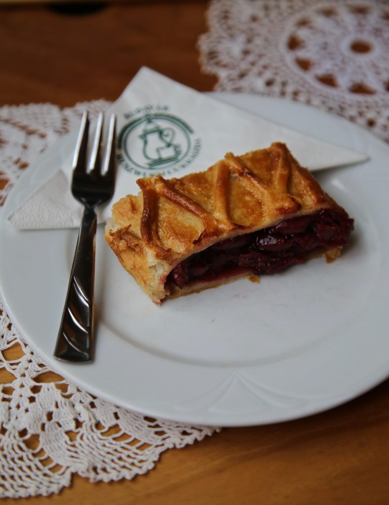 Ruszwurm cafe pic: Kerstin Rodgers/msmarmitelover.com