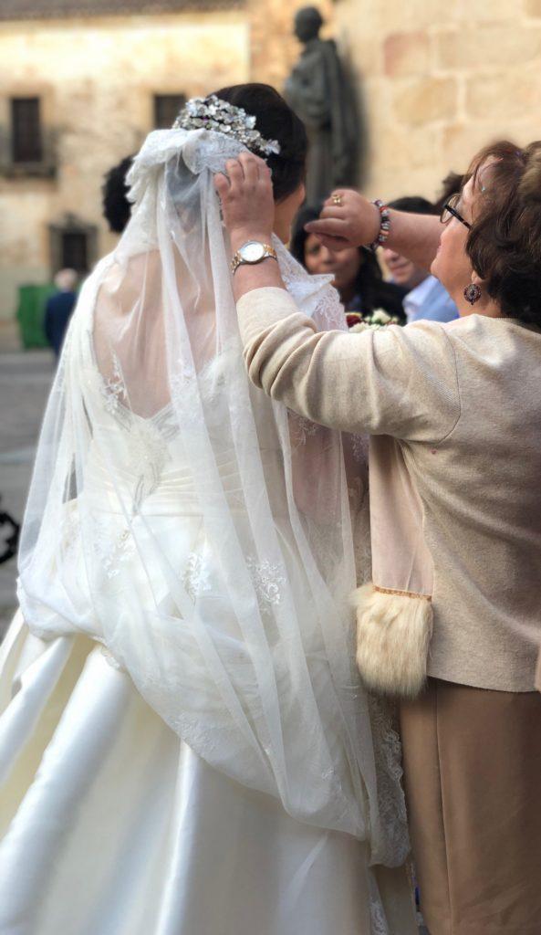 Caceres wedding pic: Kerstin Rodgers/msmarmitelover.com