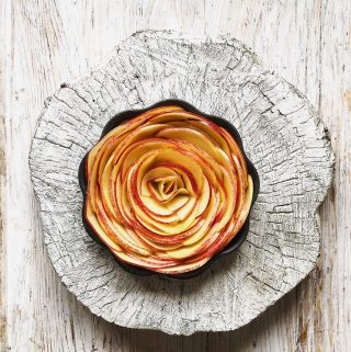 rose apple tart pic: Kerstin Rodgers