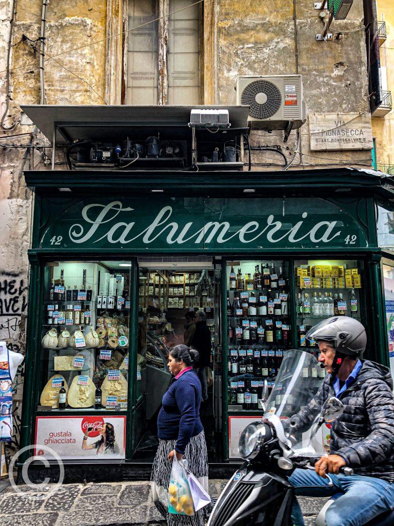Naples pix: Kerstin Rodgers/msmarmitelover.com