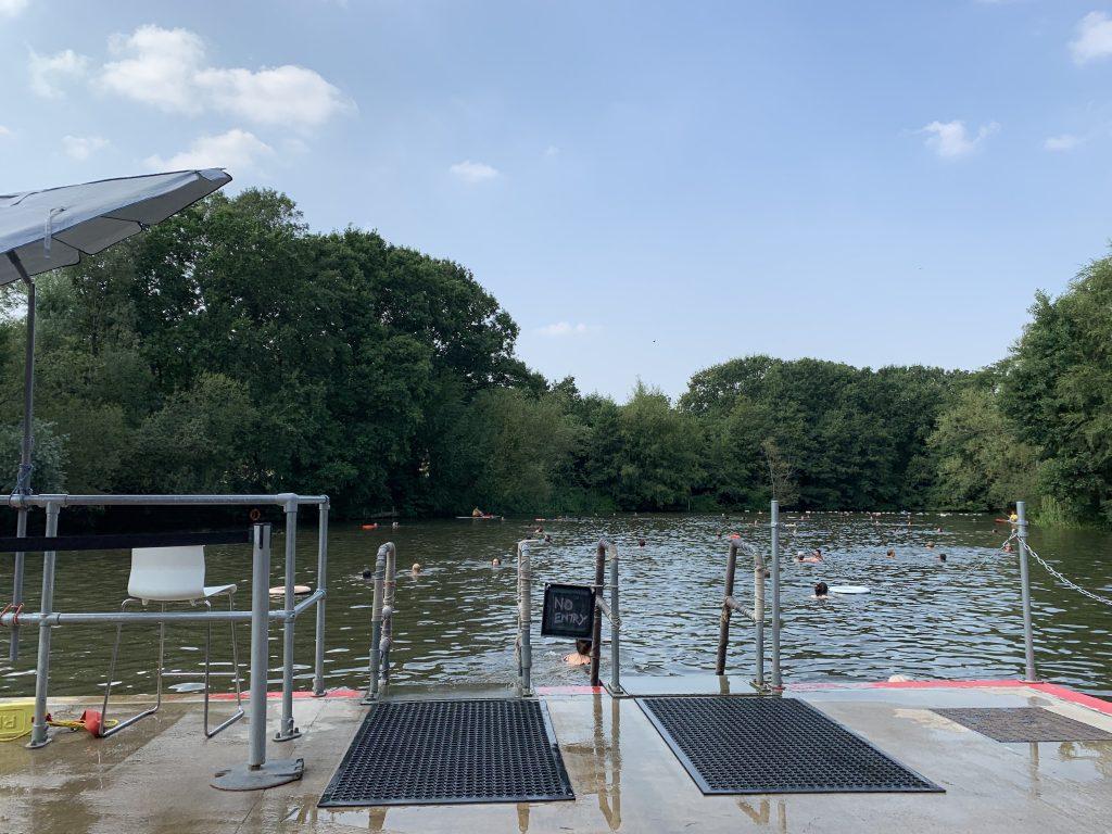 Hampstead Ladies Pond, London pix: Kerstin Rodgers/msmarmitelover.com