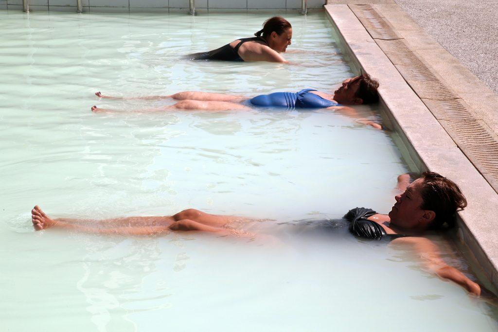 sulphur spa bath, Kassandra, Greece pic: Kerstin rodgers/msmarmitelover.com