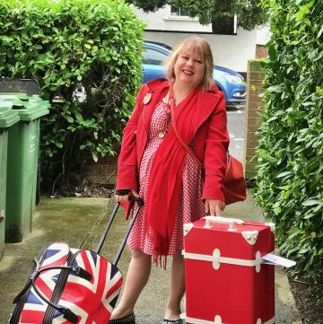 Msmarmitelover off on her travels with her baggage.