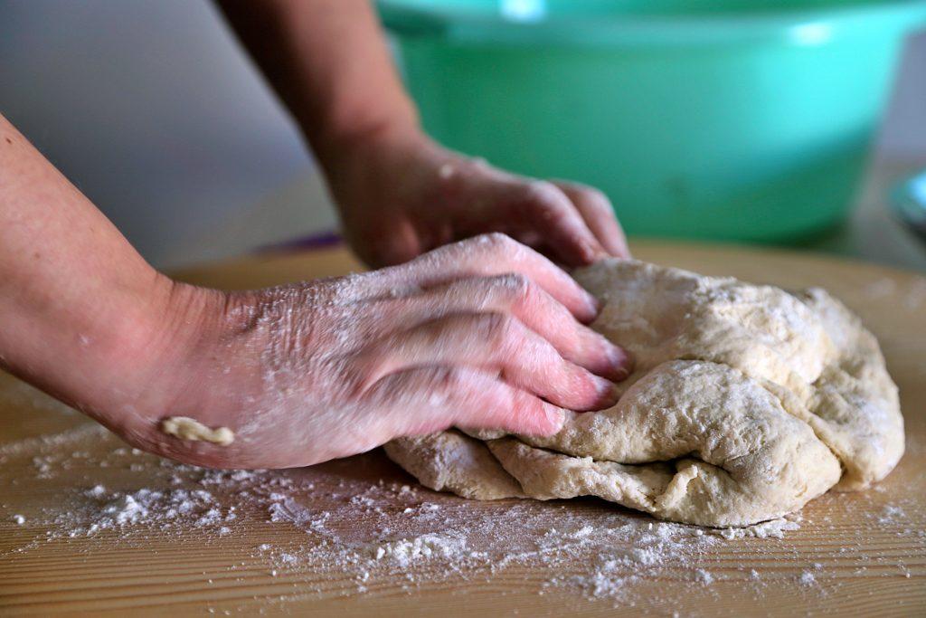 kneading bread pic: Kerstin rodgers/msmarmitelover.com